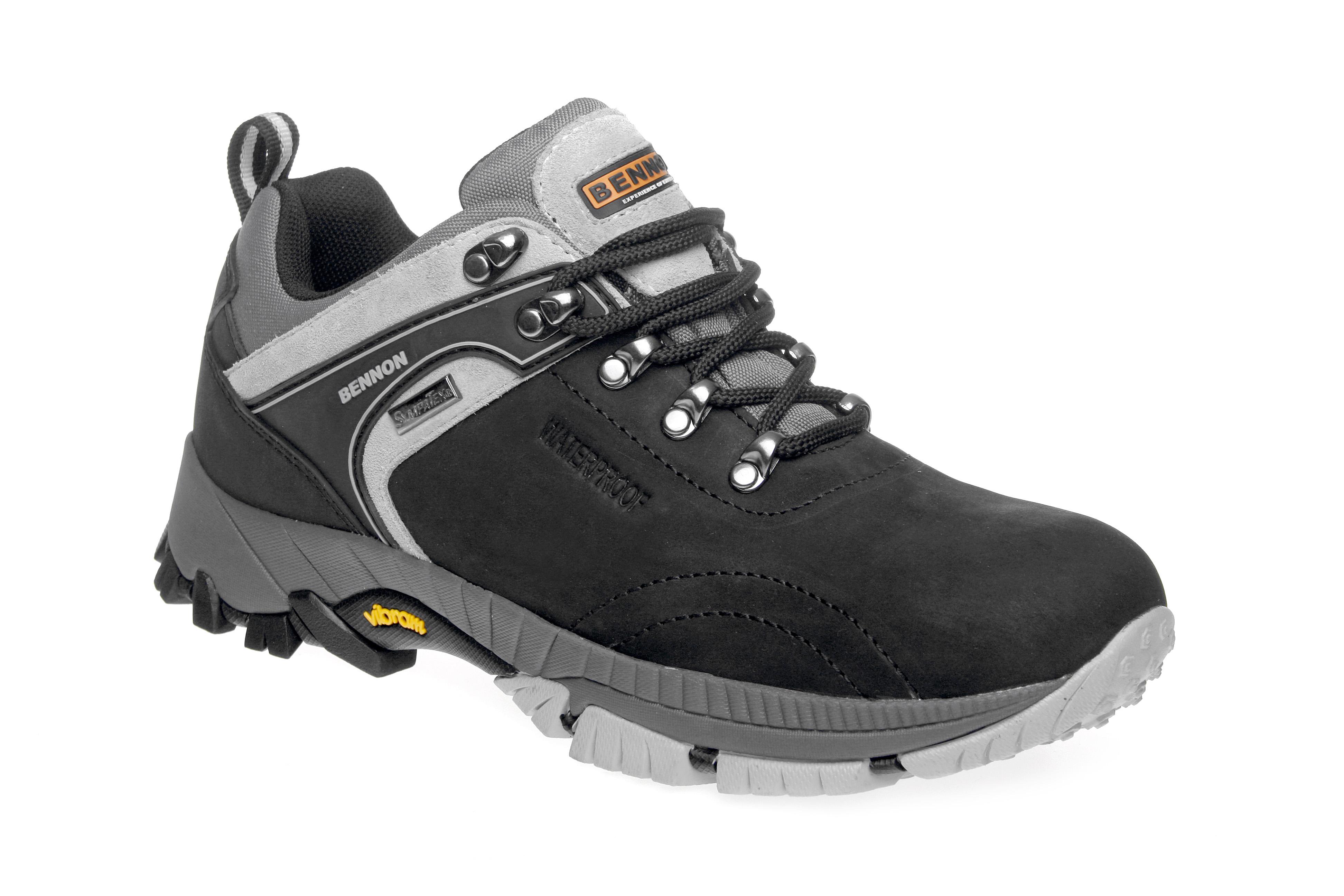 Z90601 obuv prac. 42